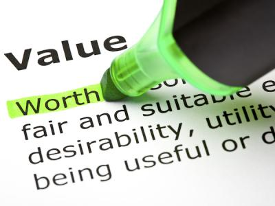 The word Value in a dictionary, with a highlighter highlighting the first word in the definition: worth